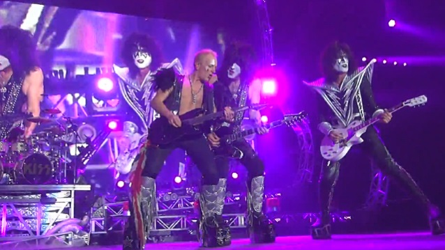 Kiss at Toyota Center